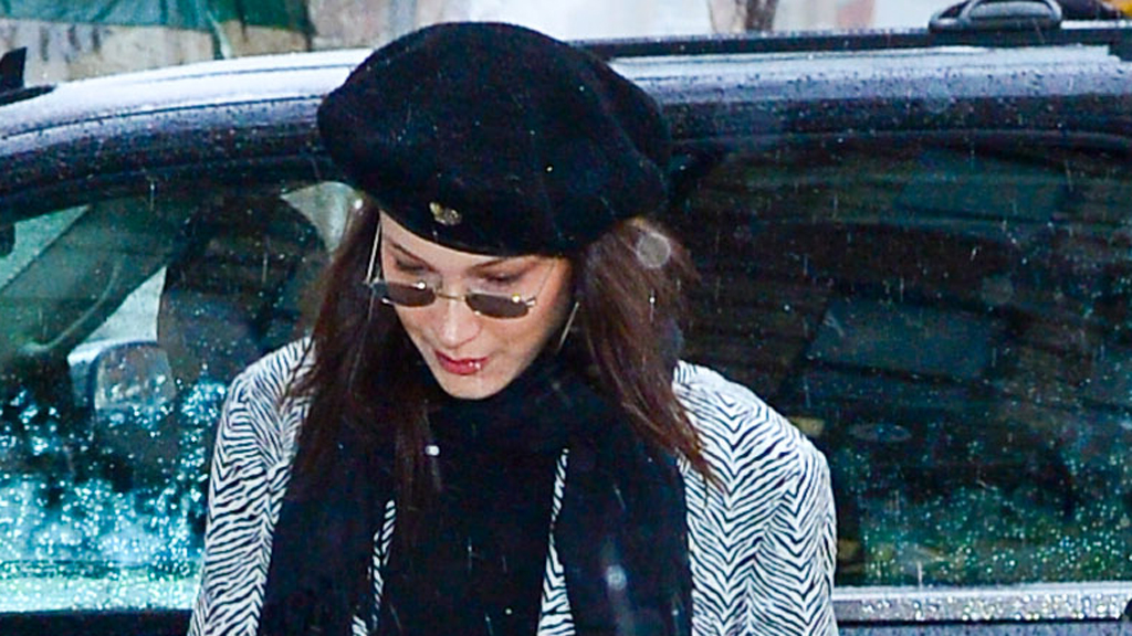 a80be3be411 Bella Hadid steps out in black budget-friendly pants from Dickies - 9Style