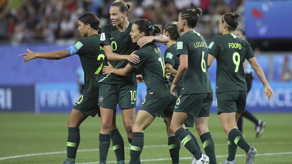 Four goals from Sam Kerr sends Australia through