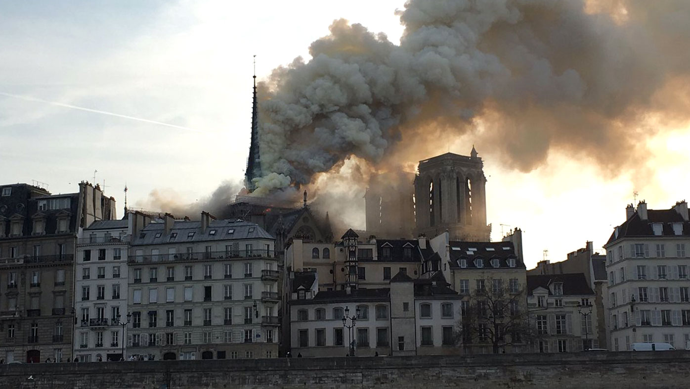 France News: Paris Notre dame cathedral fire