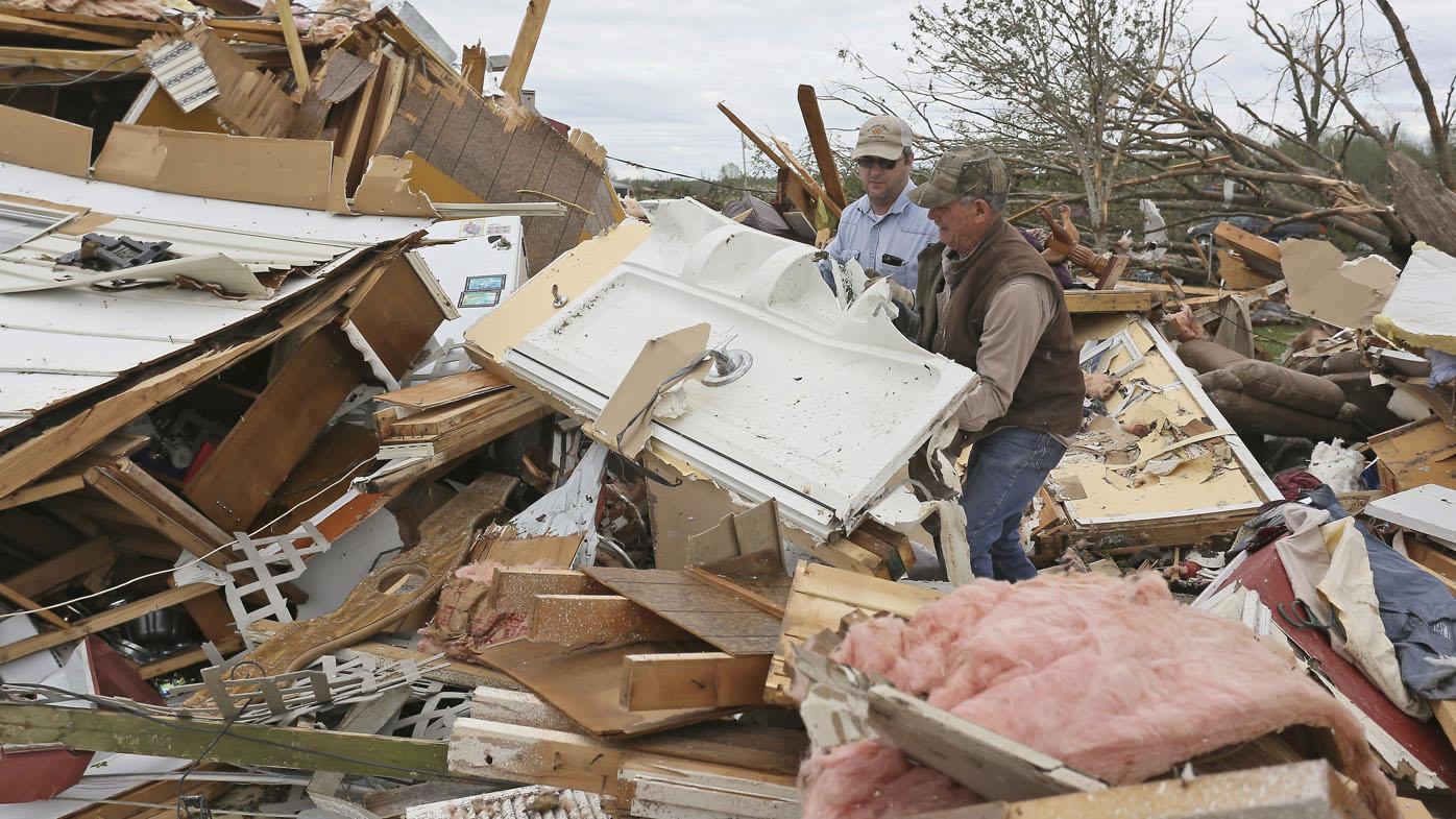 Deadly US tornadoes threaten 90 million people