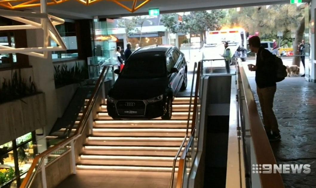 Bondi news: Uber driver crashes down Hall Street shops stairs
