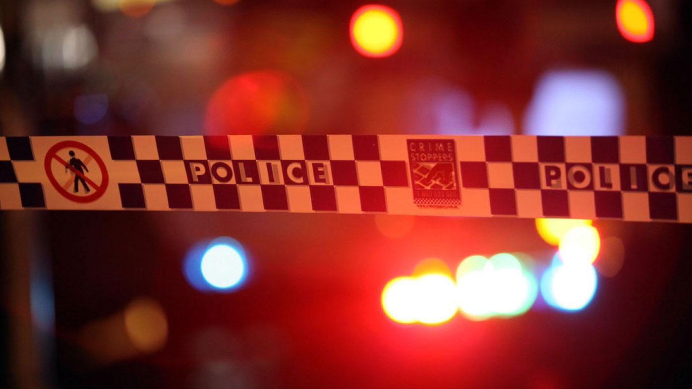 Man shot in the shoulder presents himself to hospital