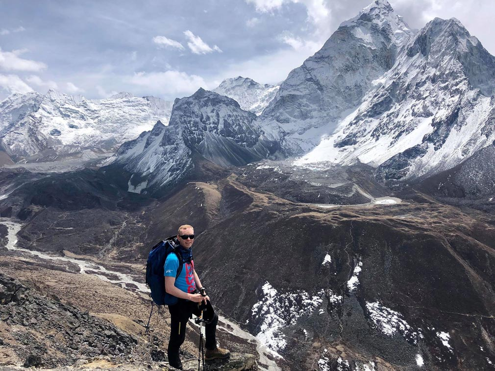 Overcrowding blamed as Everest climbing season death toll hits 10