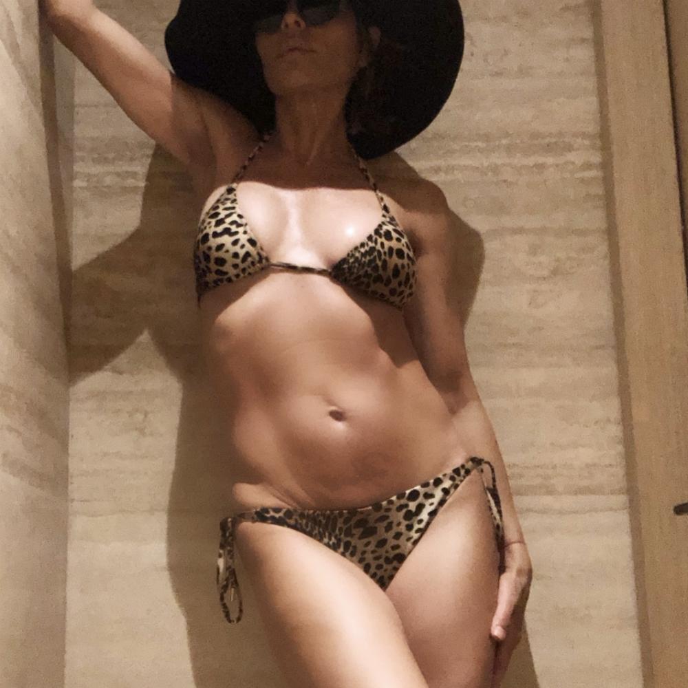8be3061a4c87b Celebrities in bikinis  Photos - 9Celebrity