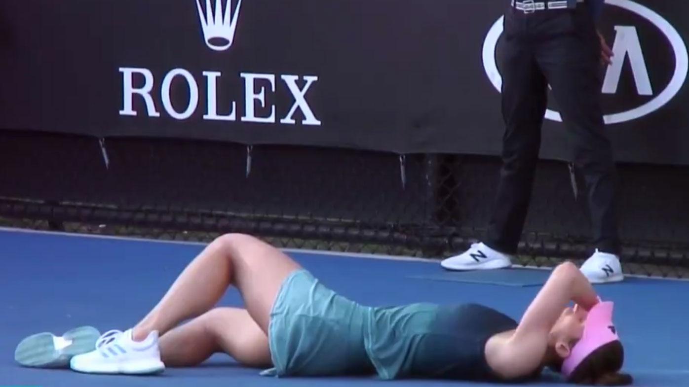 Andrea Petkovic collapses