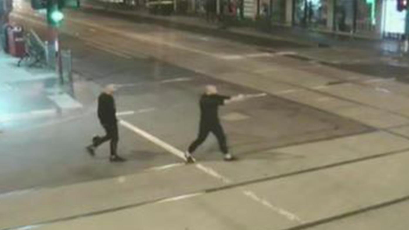 News Melbourne: Gunman who fired revolver on Chapel Street