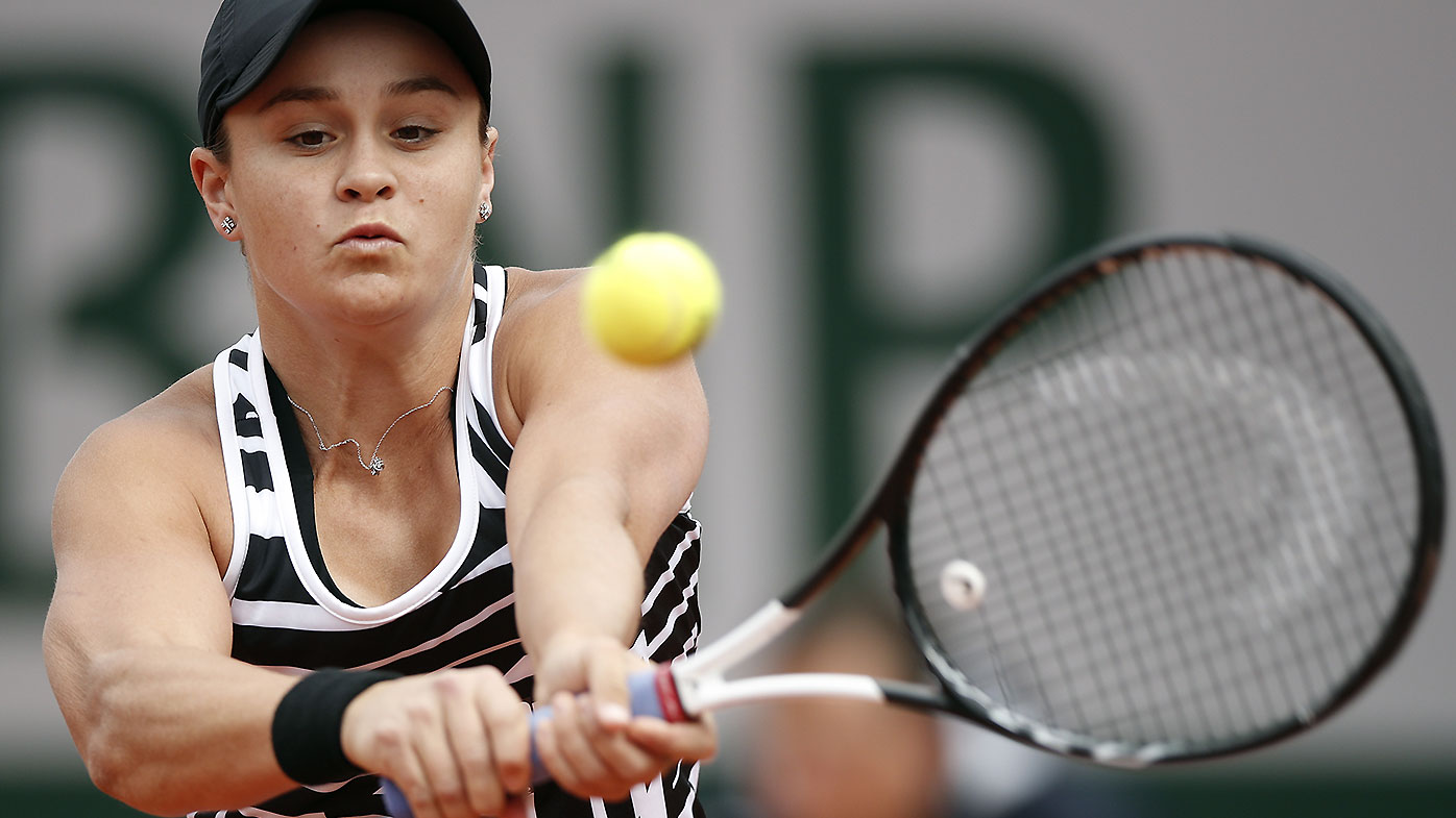Marketa Vondrousova to face Ashleigh Barty in French Open final
