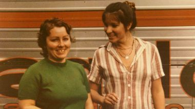 Murder victims Lorraine Wilson and Wendy Evans. (AAP)