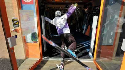 A skier falls through the entrance of the store in Briançon on Store View.
