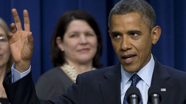 President Barack Obama speaks about the fiscal cliff at the White House. (AAP)