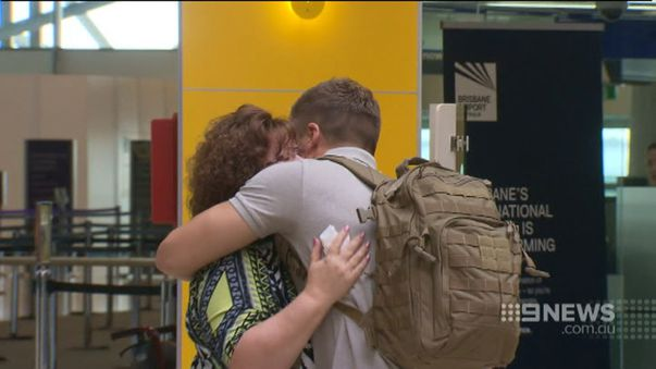 There were emotional scenes during the airport farewell. (9NEWS)