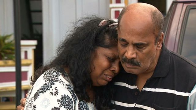 Myuran Sukumaran's mother has pleaded with Indonesia not to execute her