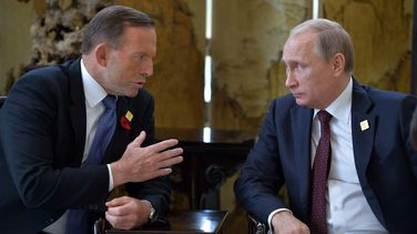 Tony Abbott and Vladimir Putin talk on the sidelines of APEC.