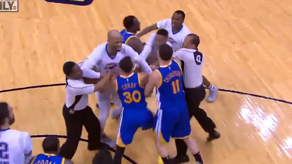 Stephen Curry and Russell Westbrook fight