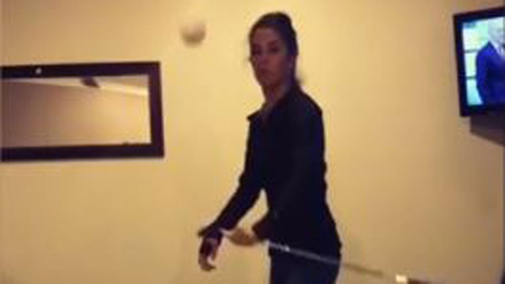 Golf pro Tania Tare showed off an impressive array of trick shots. (Instagram)