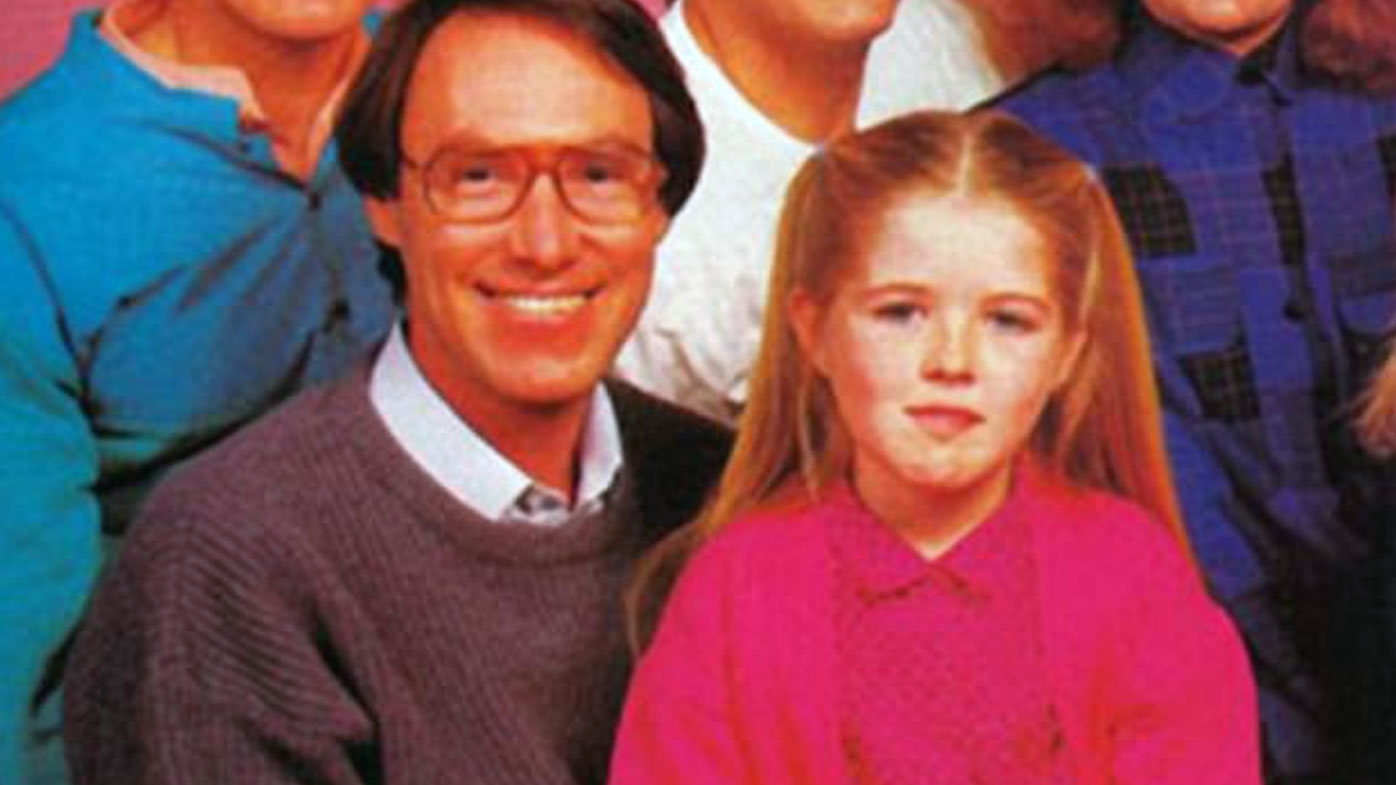 Sarah Monahan with Robert Hughes in a promotional image for Hey Dad!