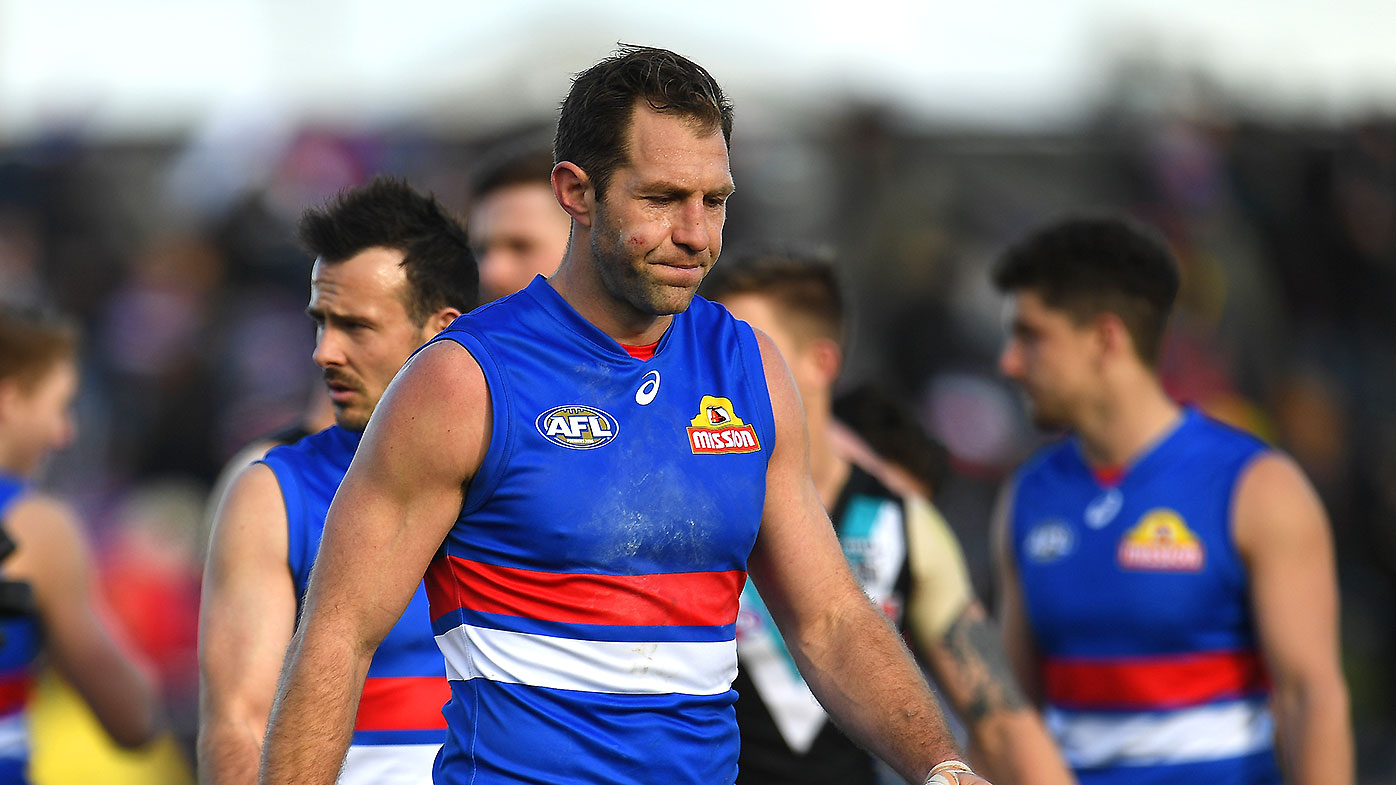 Travis Cloke of the Bulldogs