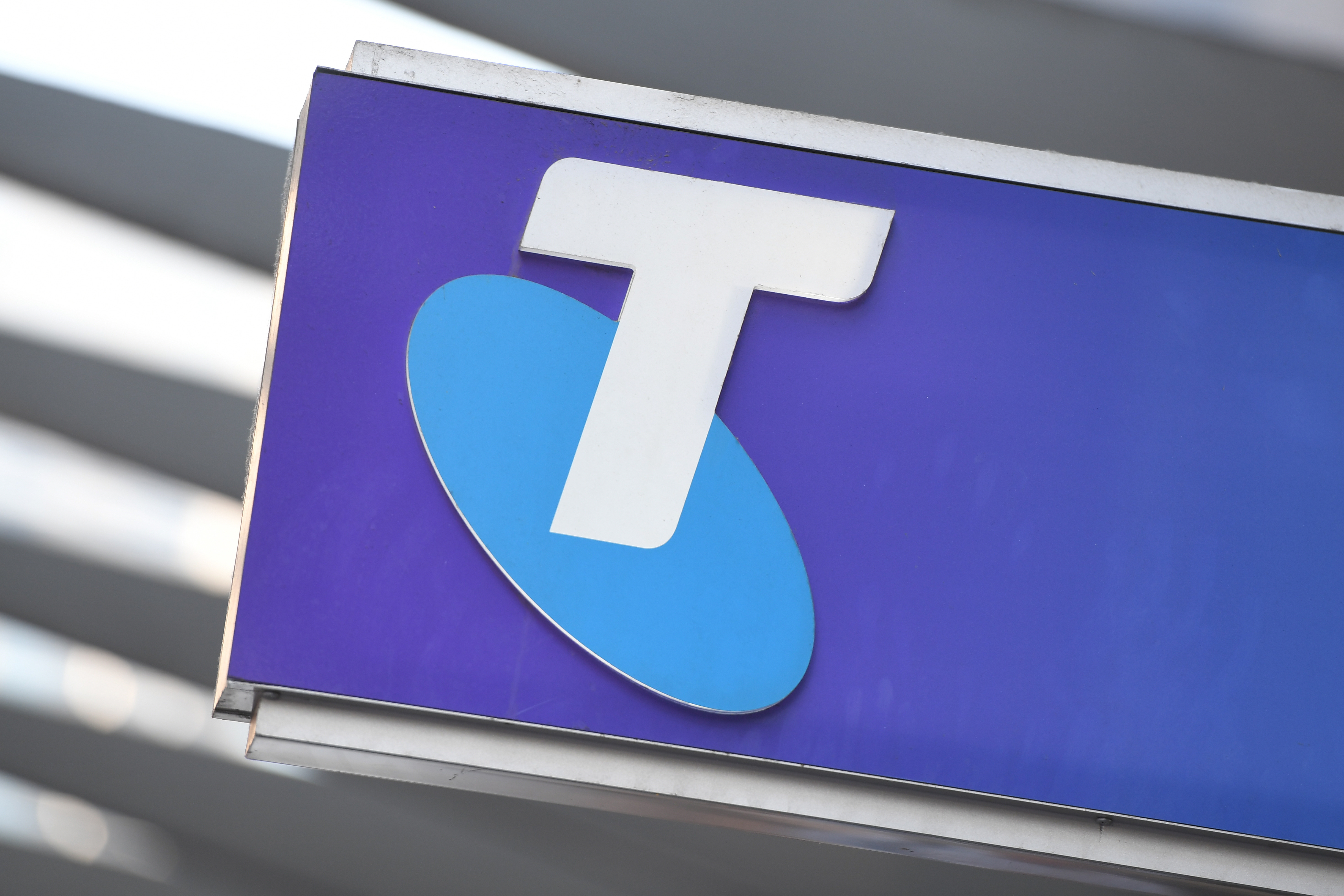 Telstra scam: Man has over $10,000 in fraudulent charges