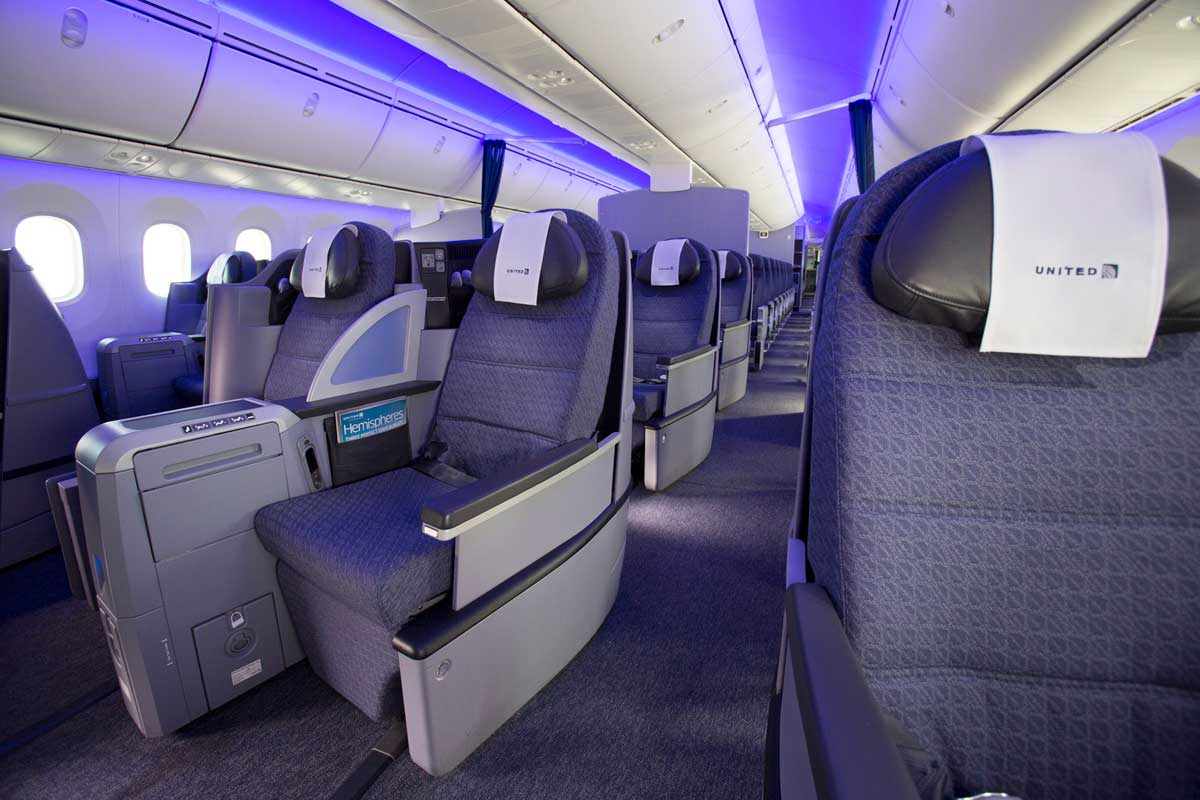 united airlines international travel reviews