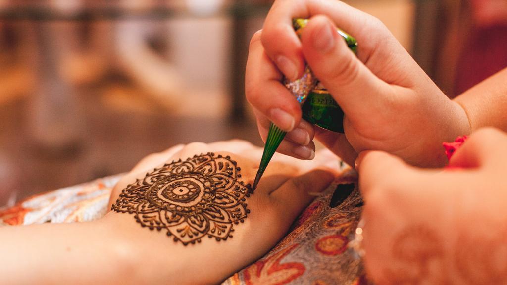 Black Henna Tattoo Burns: Black Henna Tattoo Leaves Two Children With Horrific Burns