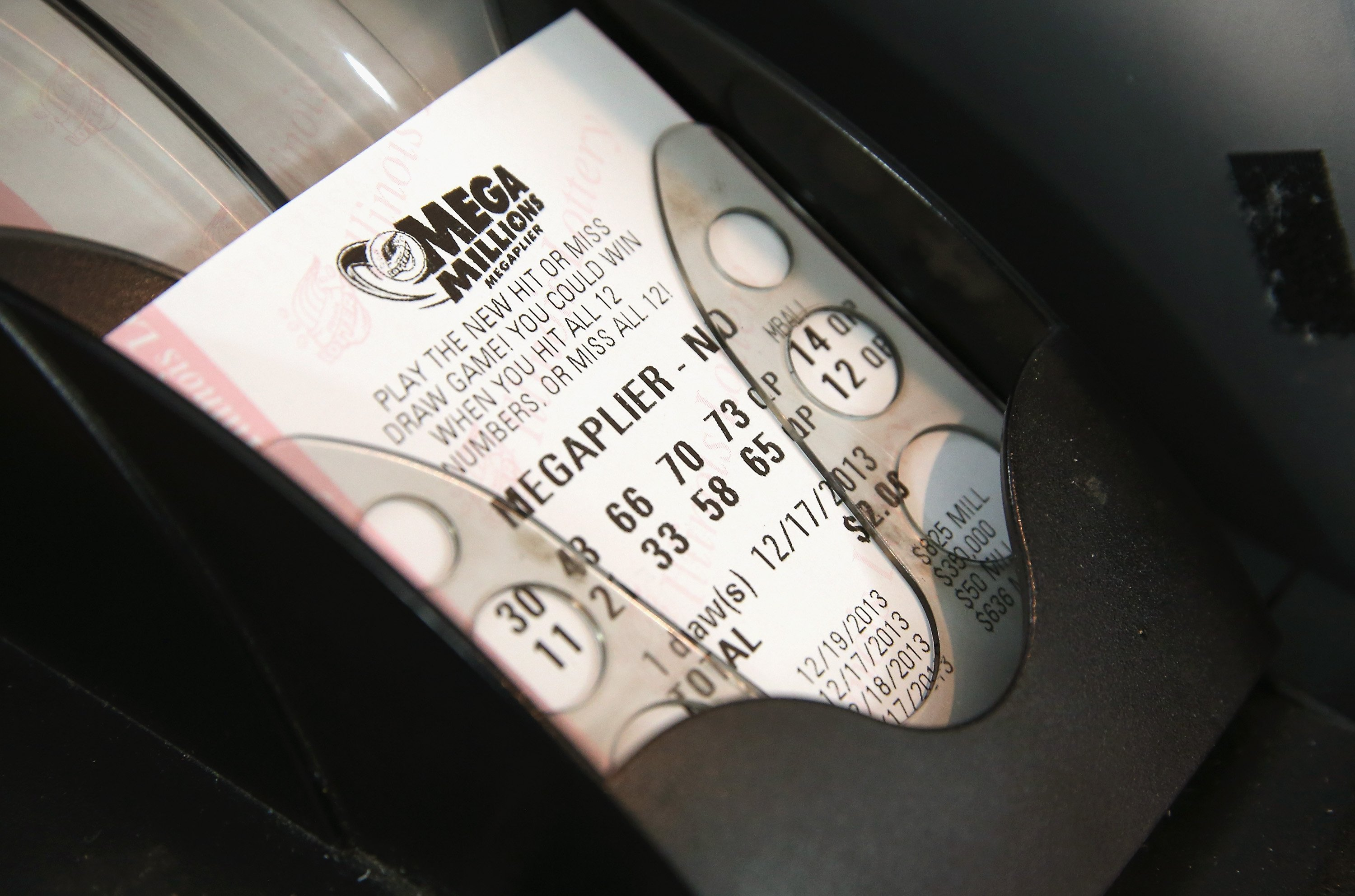 A ticket sold in Long Island, New York, matched all the numbers to win the $US425 million Mega Millions jackpot.