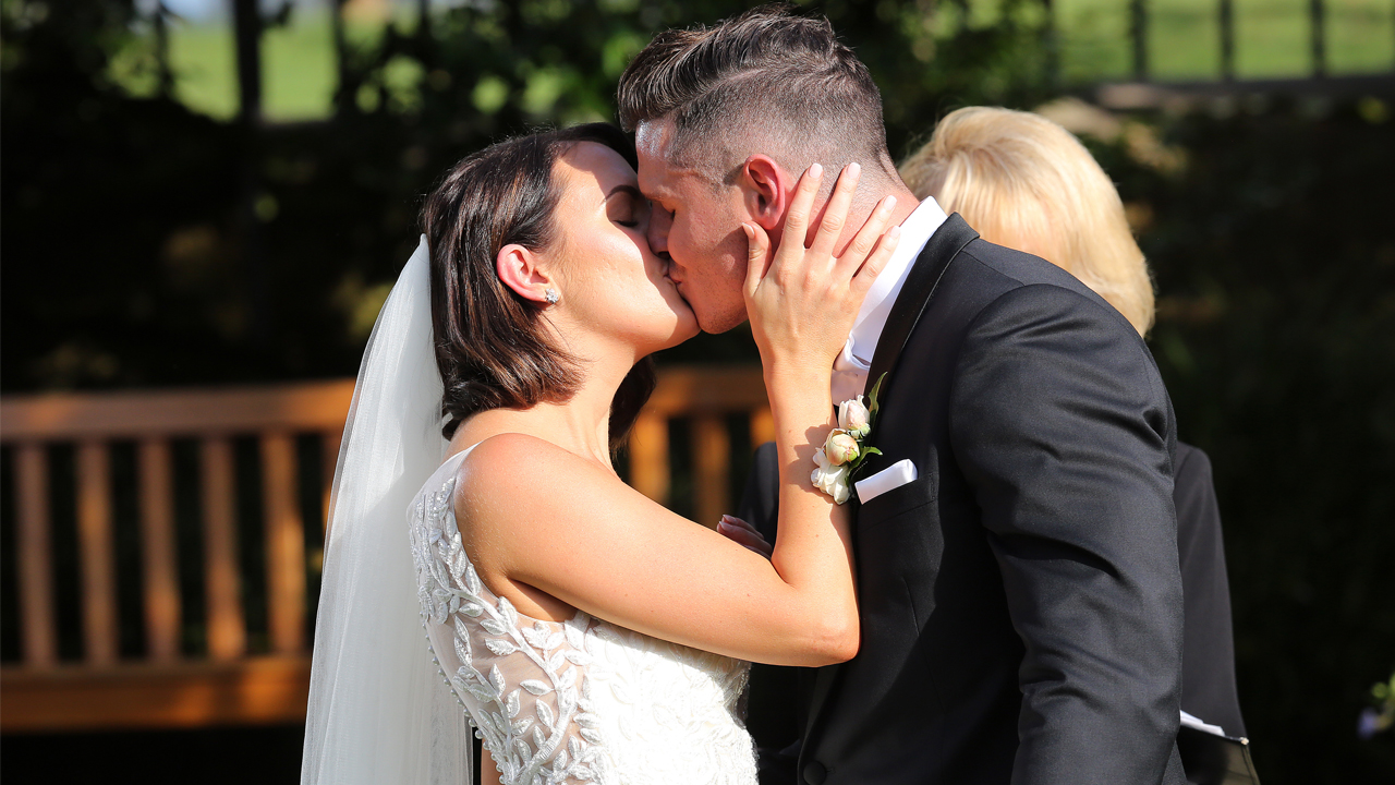 Xavier and Simone share their first kiss.