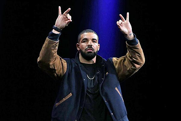 Recording artist Drake speaks about Apple Music during the Apple WWDC on June 8, 2015 in San Francisco, California. (AFP)
