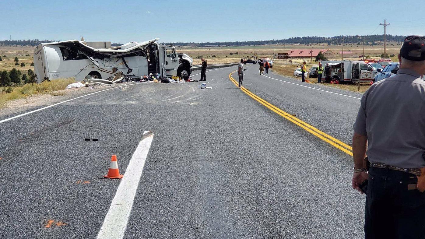 Four killed in US tour bus crash
