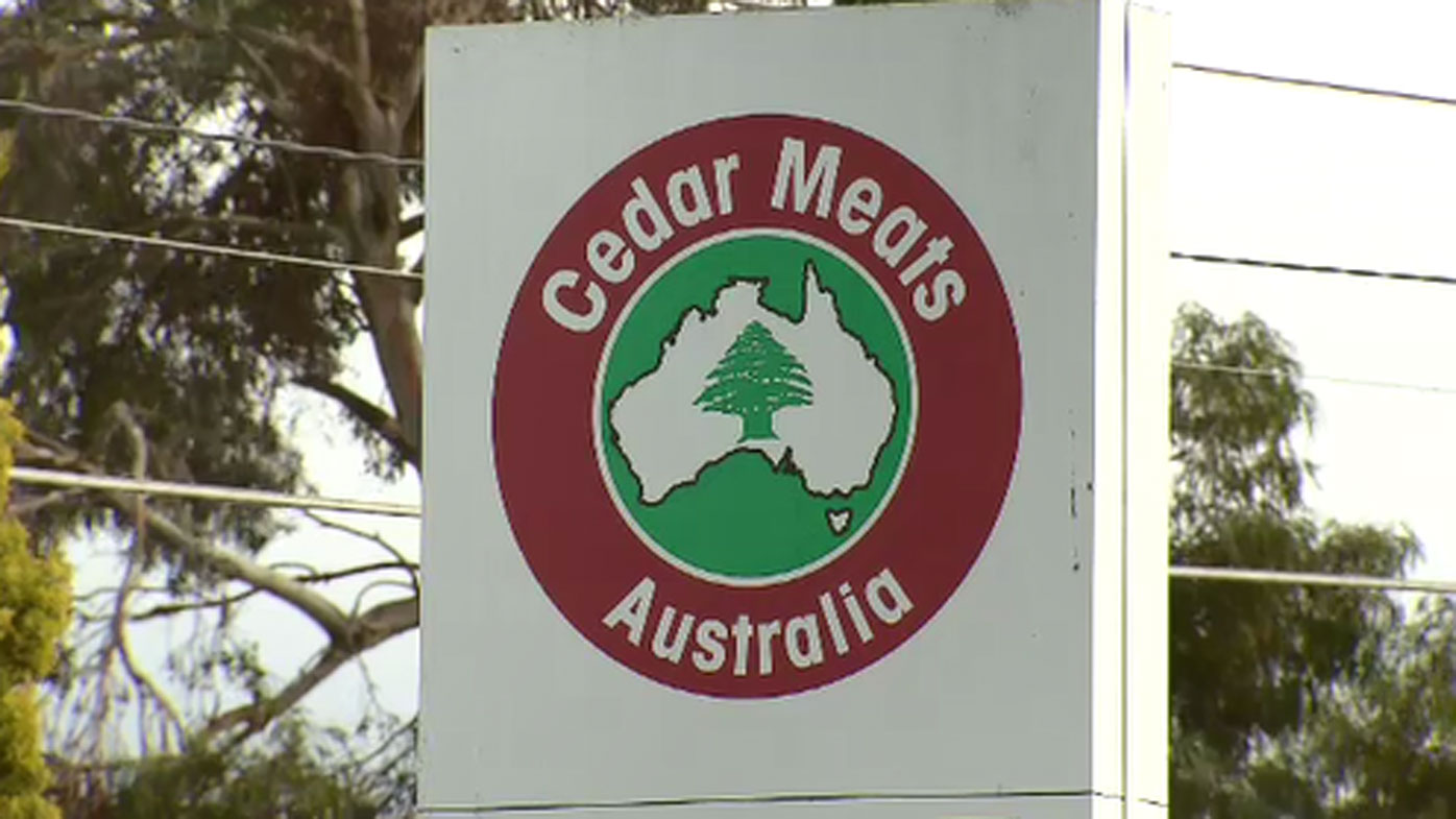 COVID-19 cases at Victorian abattoir rise to 34