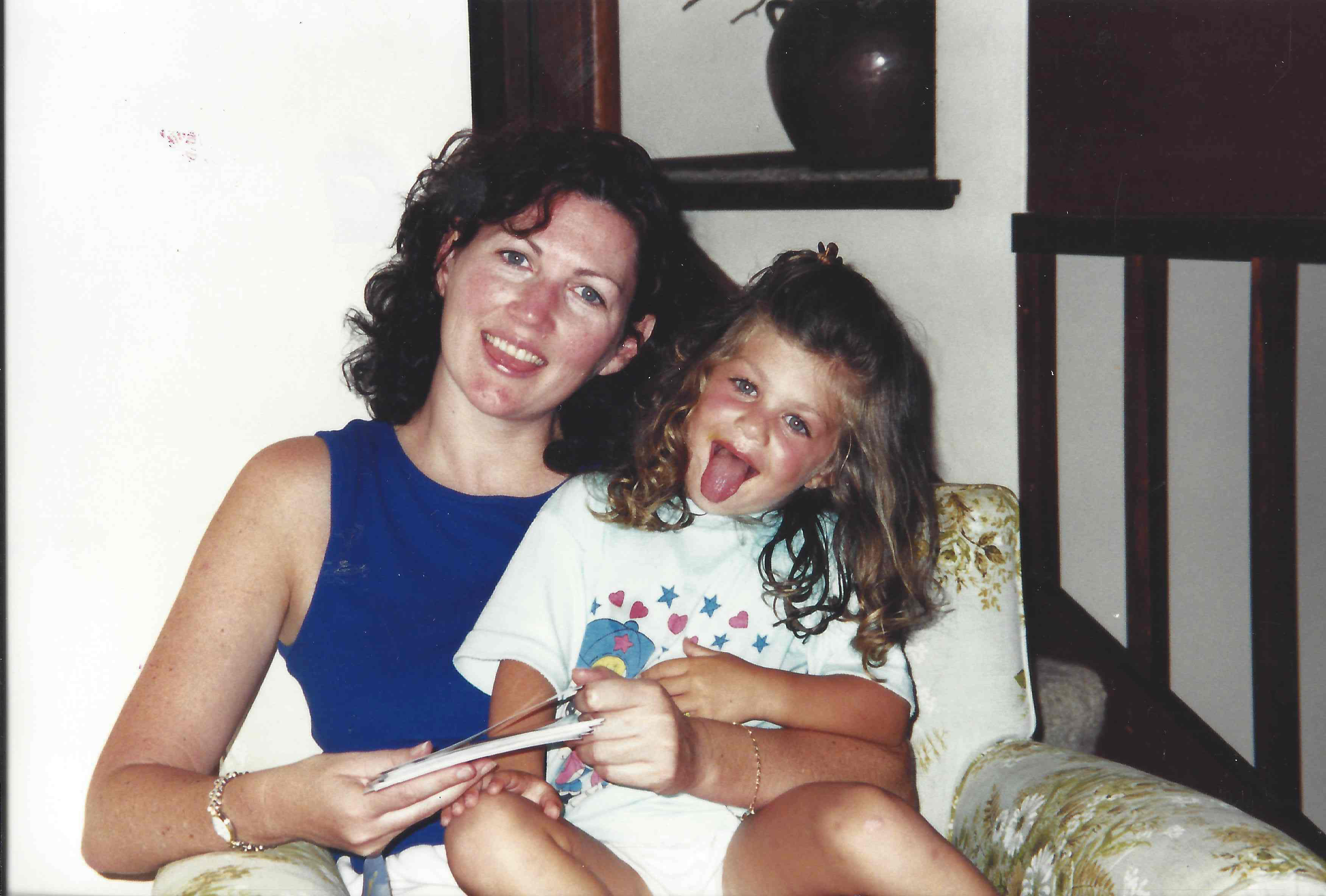 Lesley Thomas hangs out with her niece Jessica. Photo with kind permission of Joseph O'Keefe
