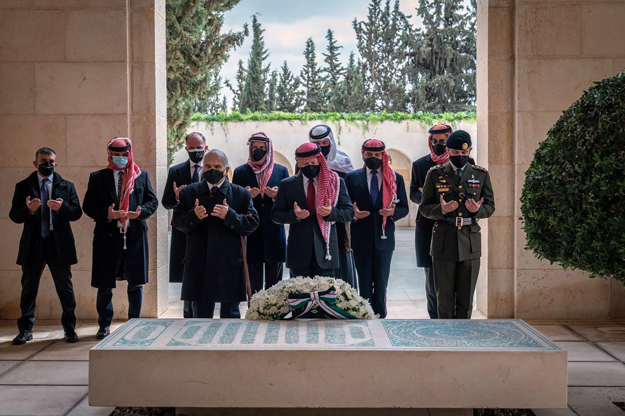 Jordanian prince makes first public appearance since arrest