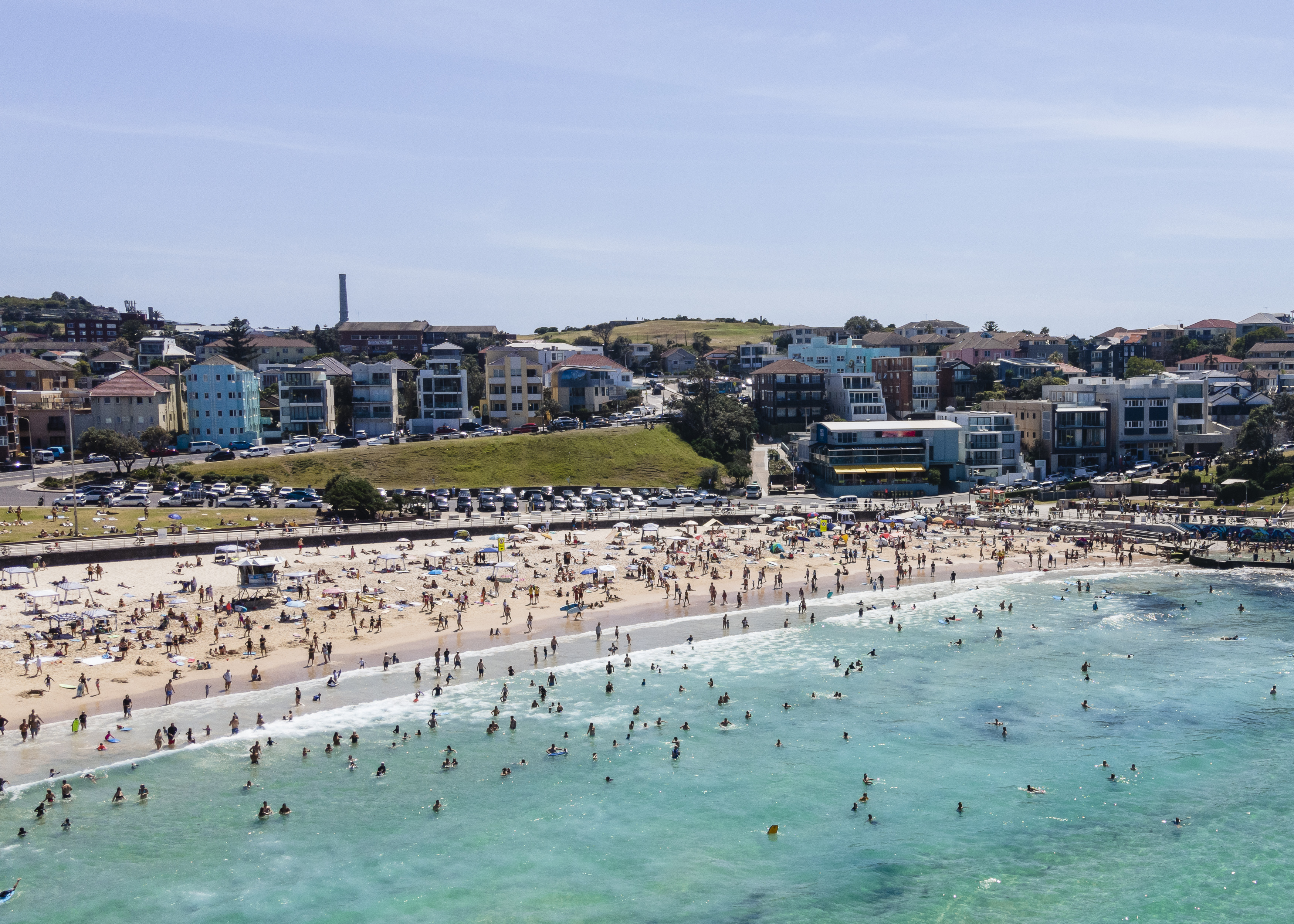 Heatwave set to peak for Australia Day