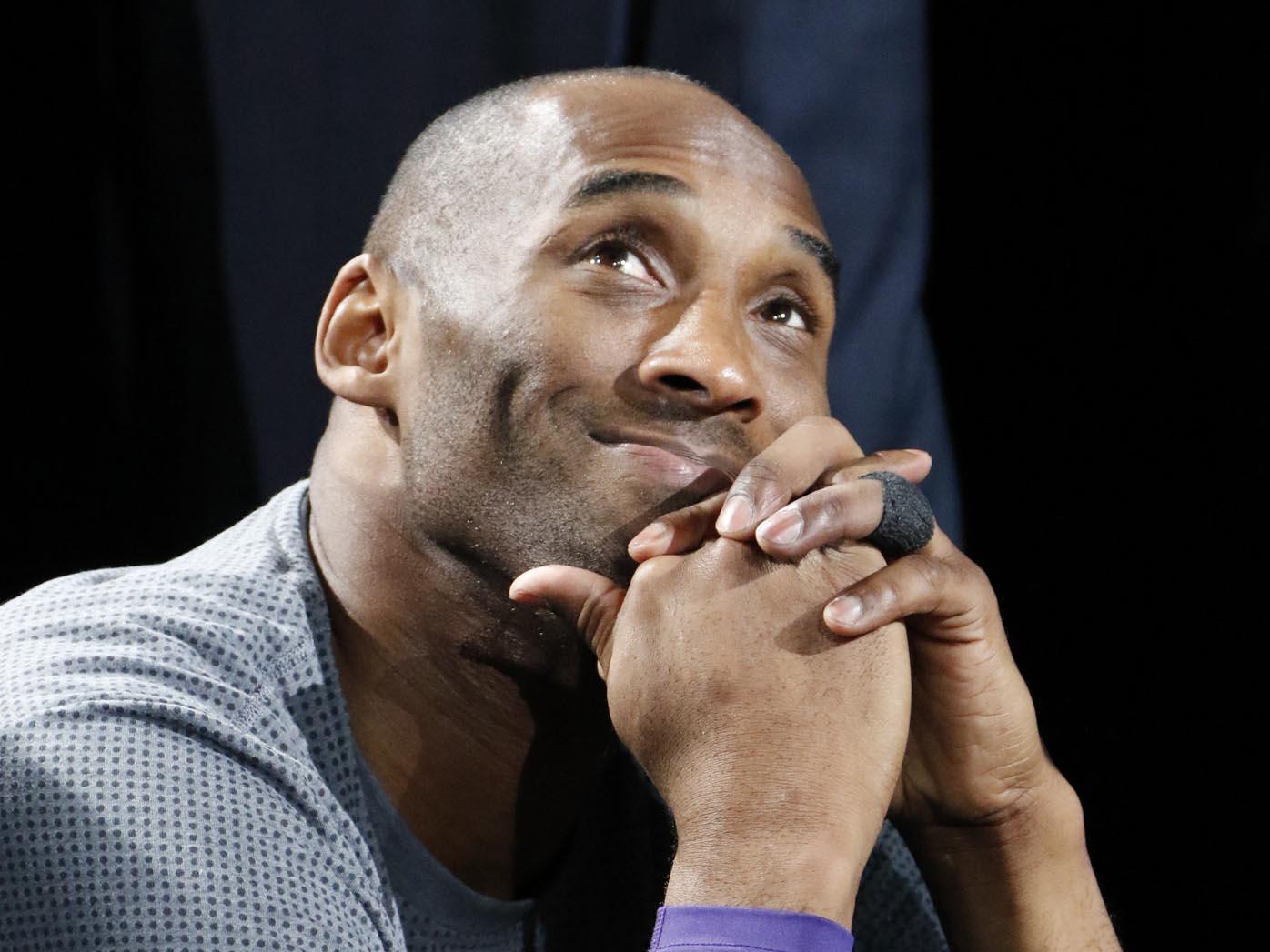 Kobe Bryant, Super Bowl, tribute, stadium, minute silence