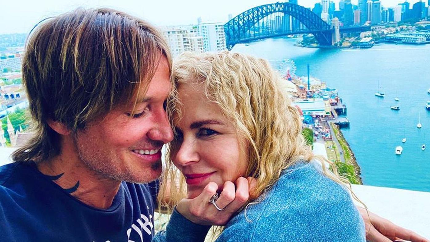 Keith Urban, Nicole Kidman, kiss, hug, PDA, Sydney, Christmas, holidays