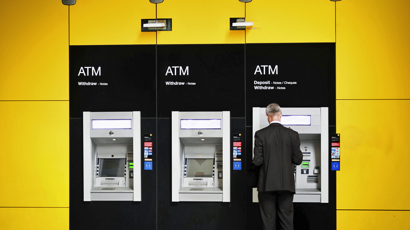 Commbank sends $50 to customers as an apology