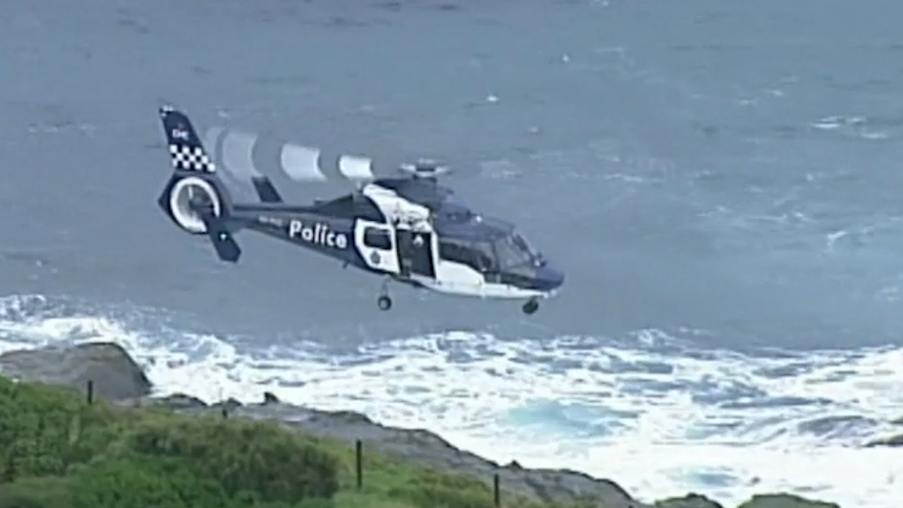Man swept out to sea near Phillip Island