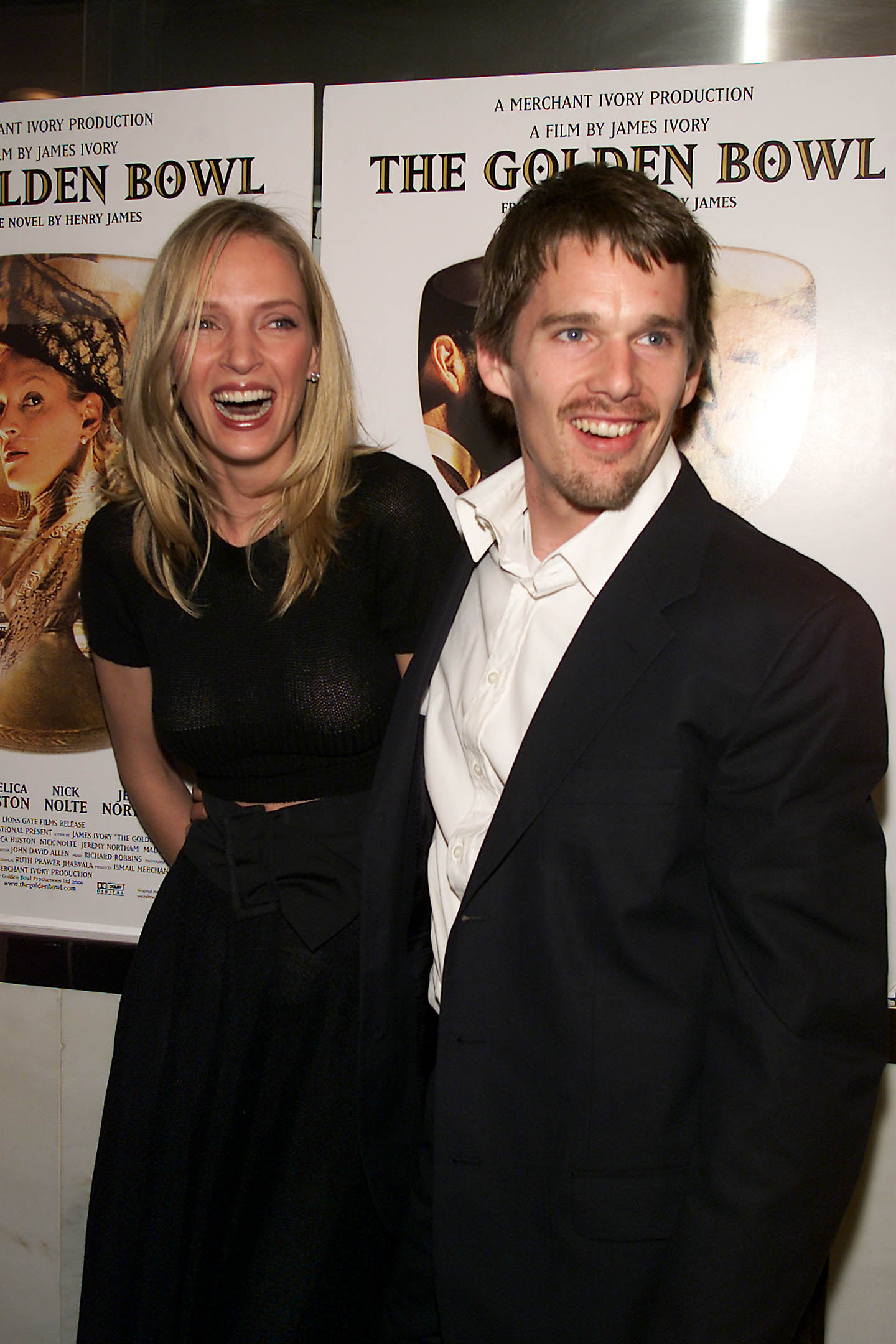 Uma Thurman with husband Ethan Hawke at the New York Premiere of Merchant Ivory's new film 'The Golden Bowl' at the Paris Theater in New York City. 04/24/2001.
