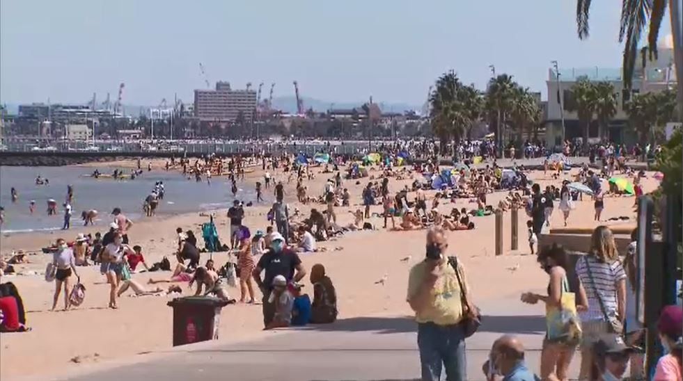 Heatwave warning with temperatures 15C above average