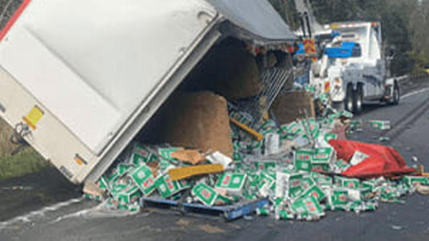 Truck spills crates of Aussie beer across NSW road