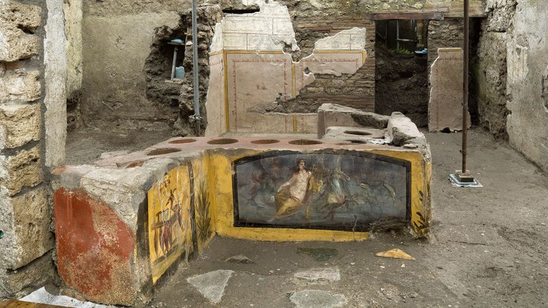 Fast-food eatery at Pompeii