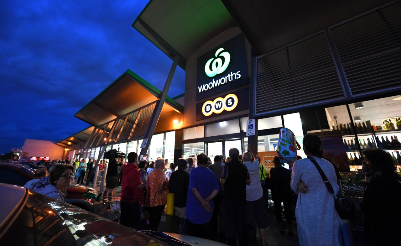 Woolworths extends 'community hour' shopping to frontline workers