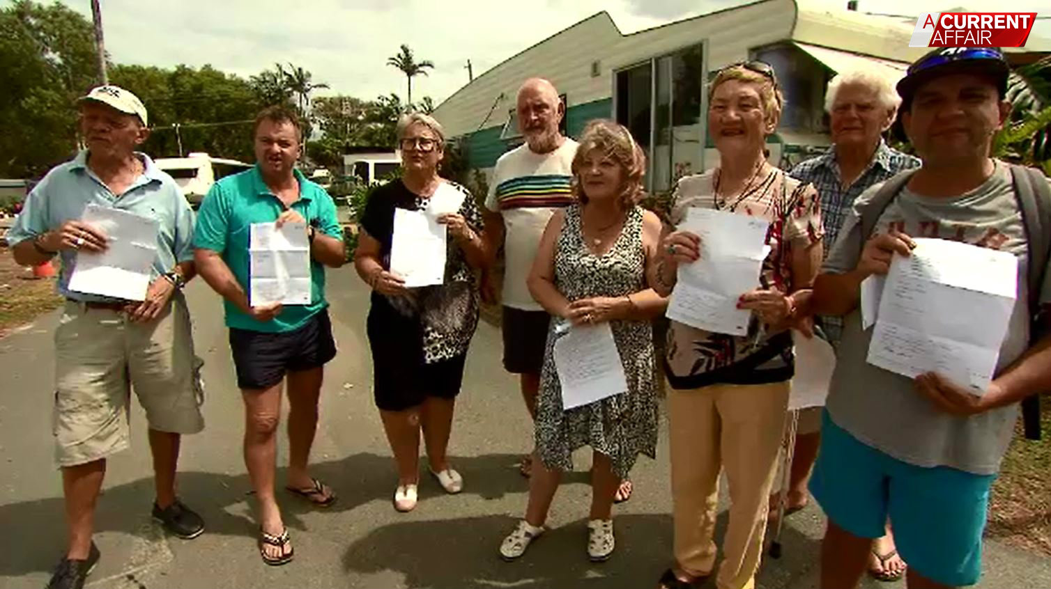 Residents prepare to fight after orders to leave caravan park