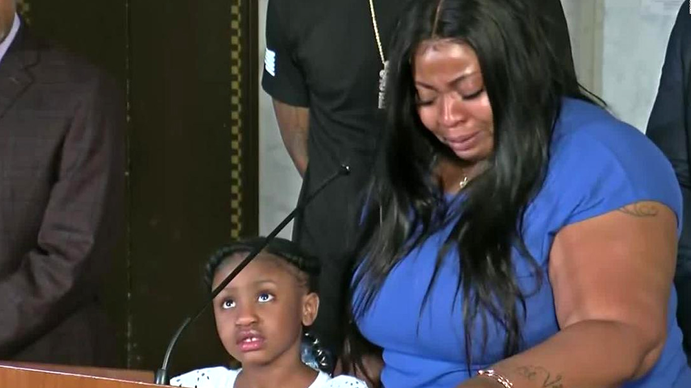 Roxie Washington, the mother of George Floyd's 6-year-old daughter Gianna, speaks at a press conference about Floyd's death.