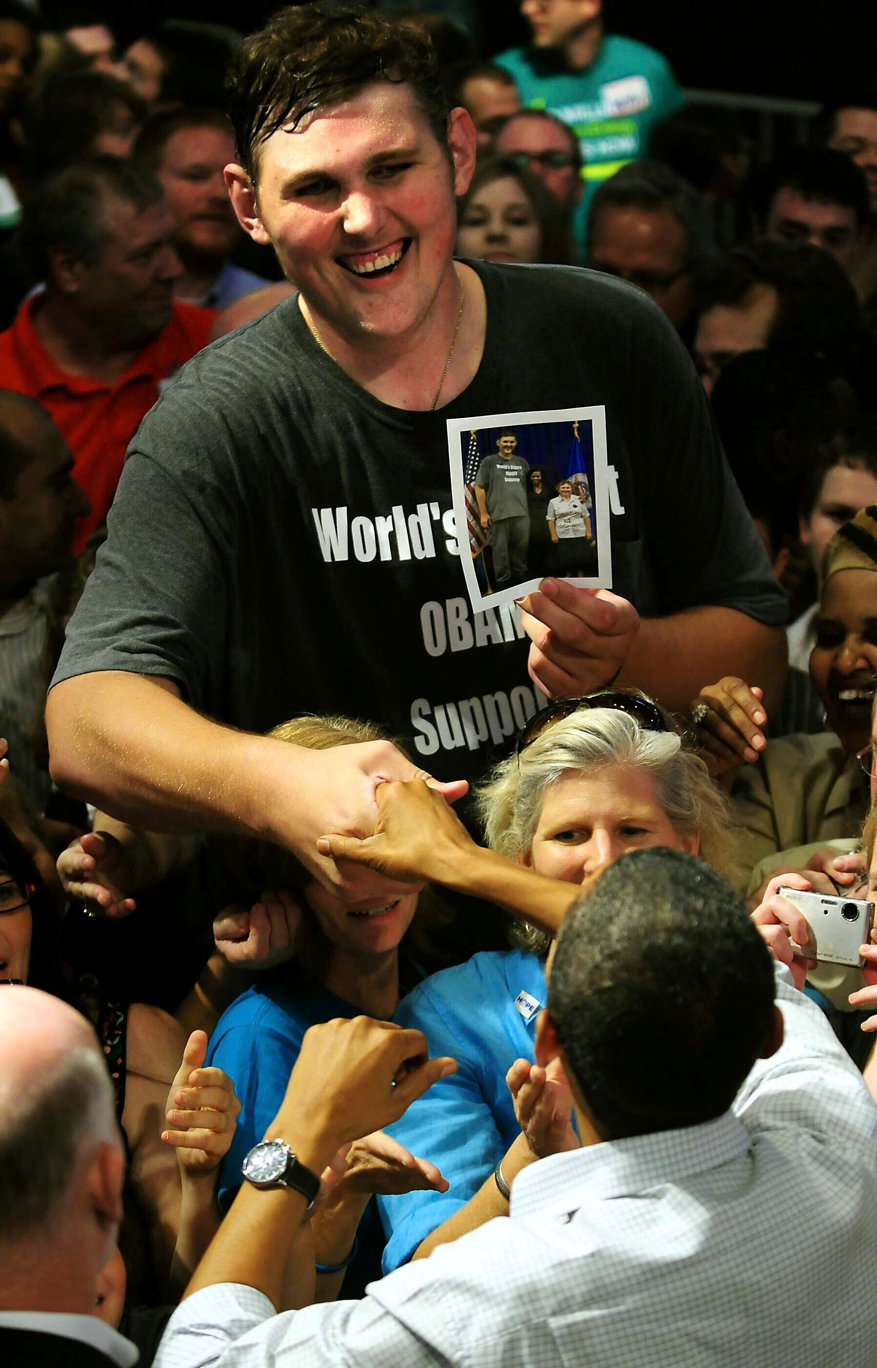 In 2009 President Barack Obama spotted Igor Vovkovinskiy at a rally crowd, and the pair shook hands.