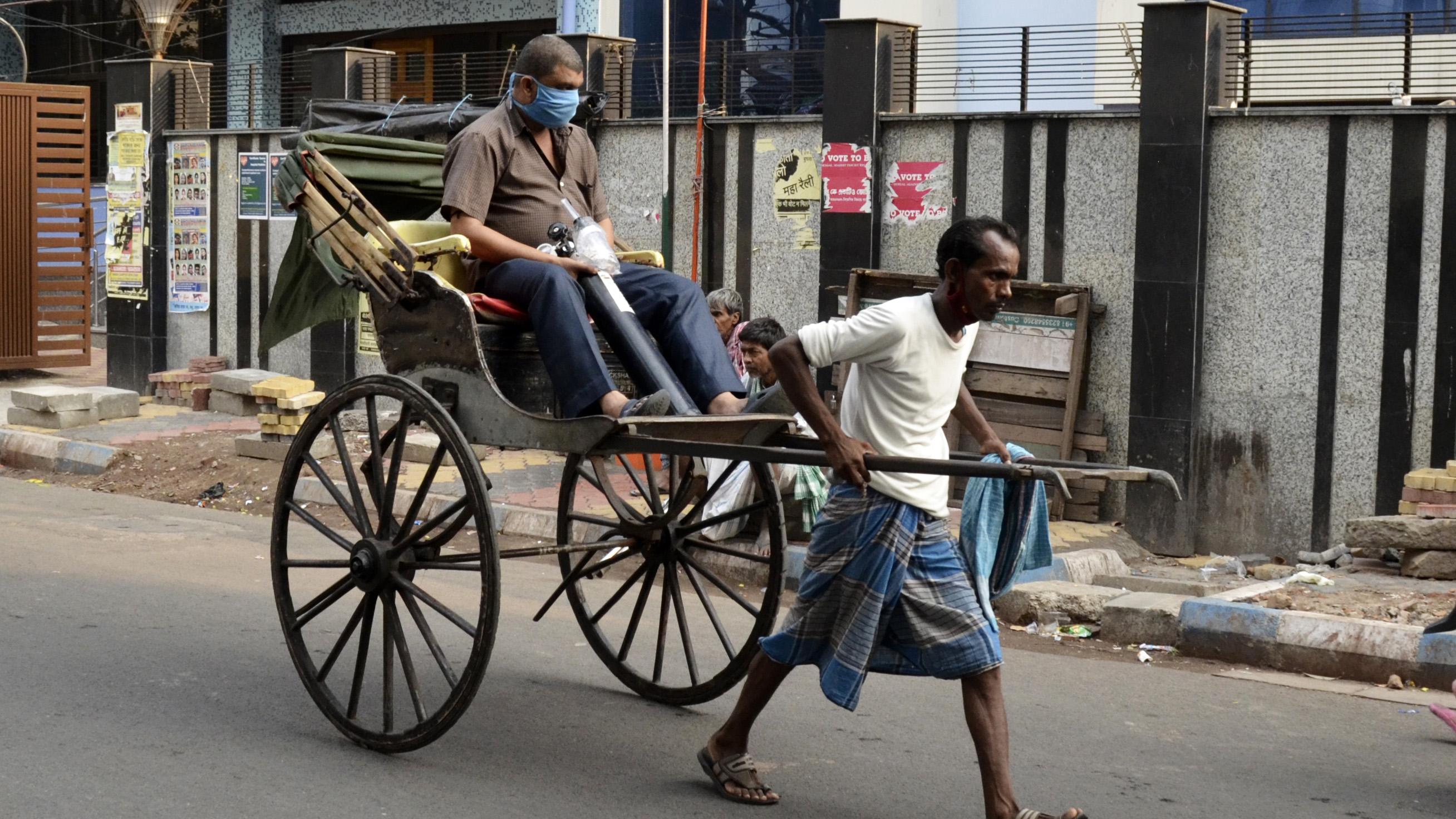 Devastation grows crematoriums overflow in India