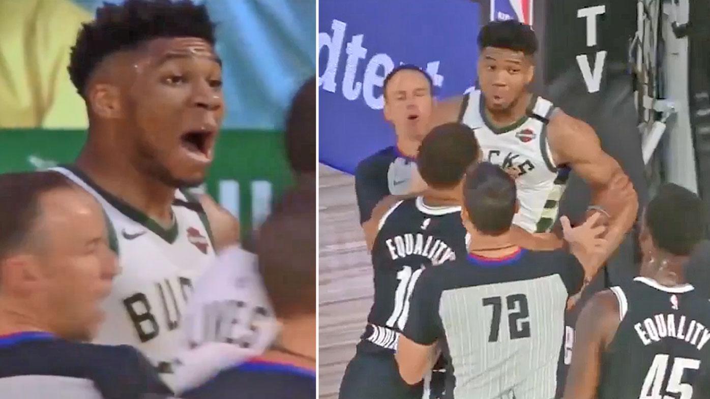 【影片】籃網菜鳥搶籃板卡位推倒字母哥,MVP起身就是要幹架:我要宰了他!