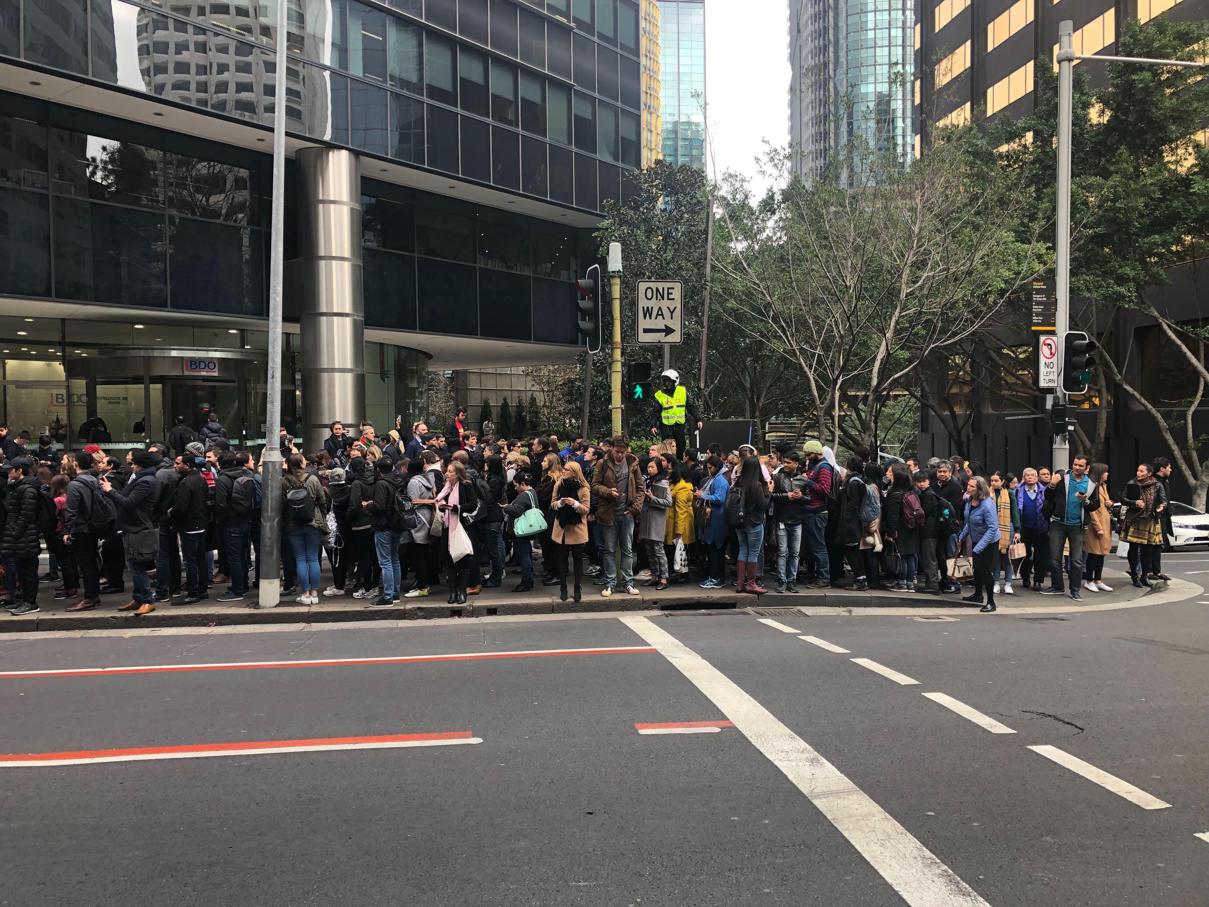Chaos across Sydney rail network after train breaks down