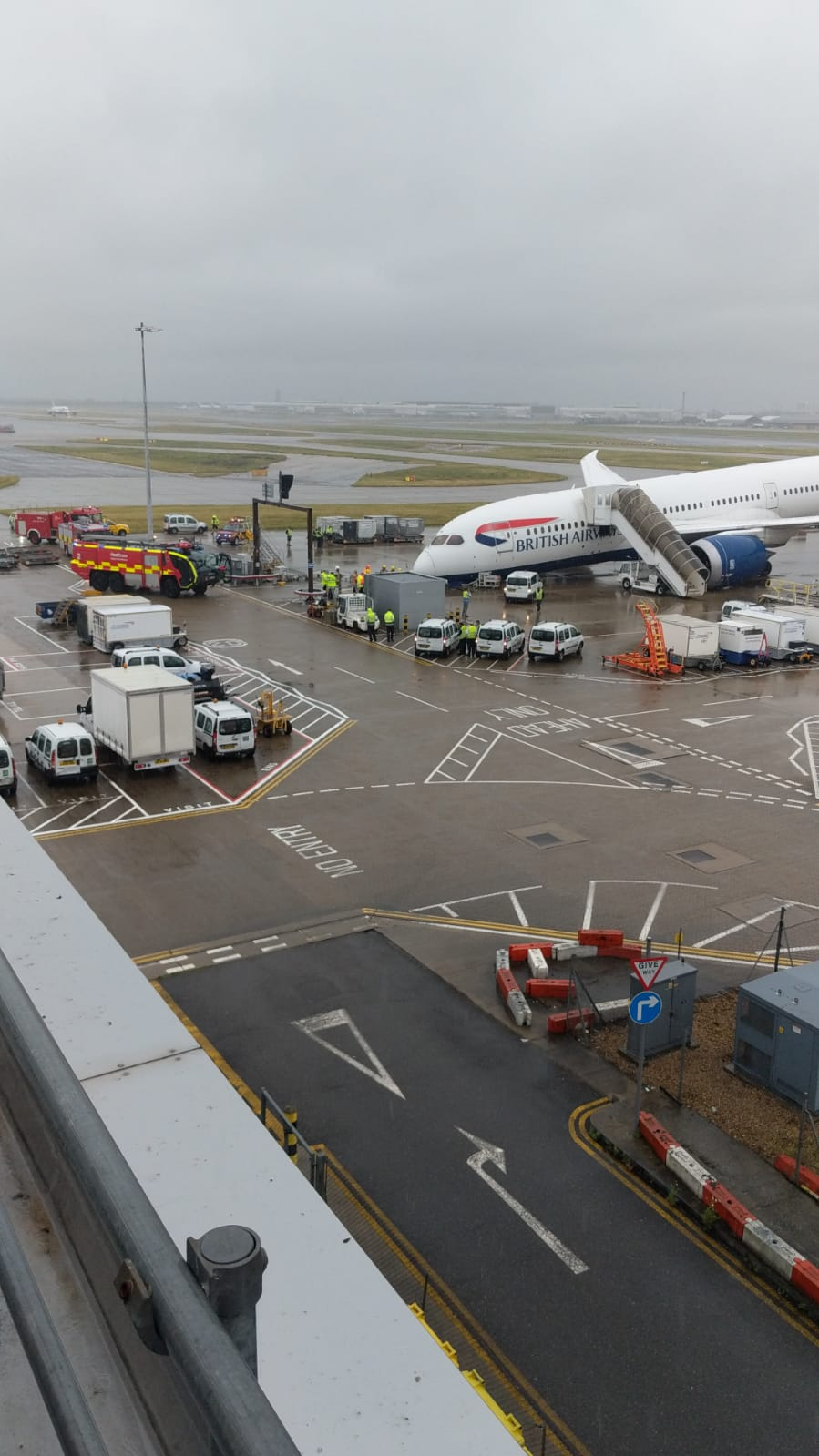 Plane collapses at Heathrow Airport
