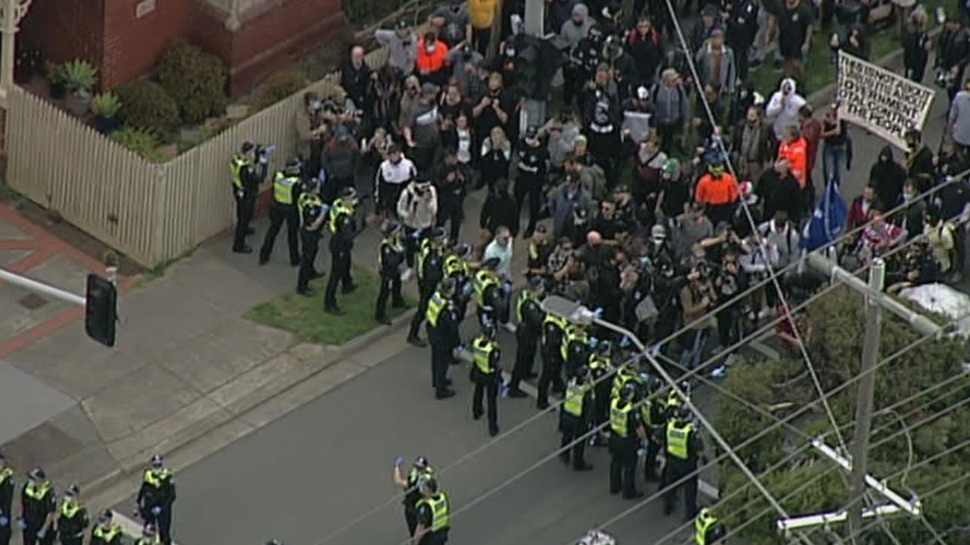 Police confront Melbourne lockdown protesters