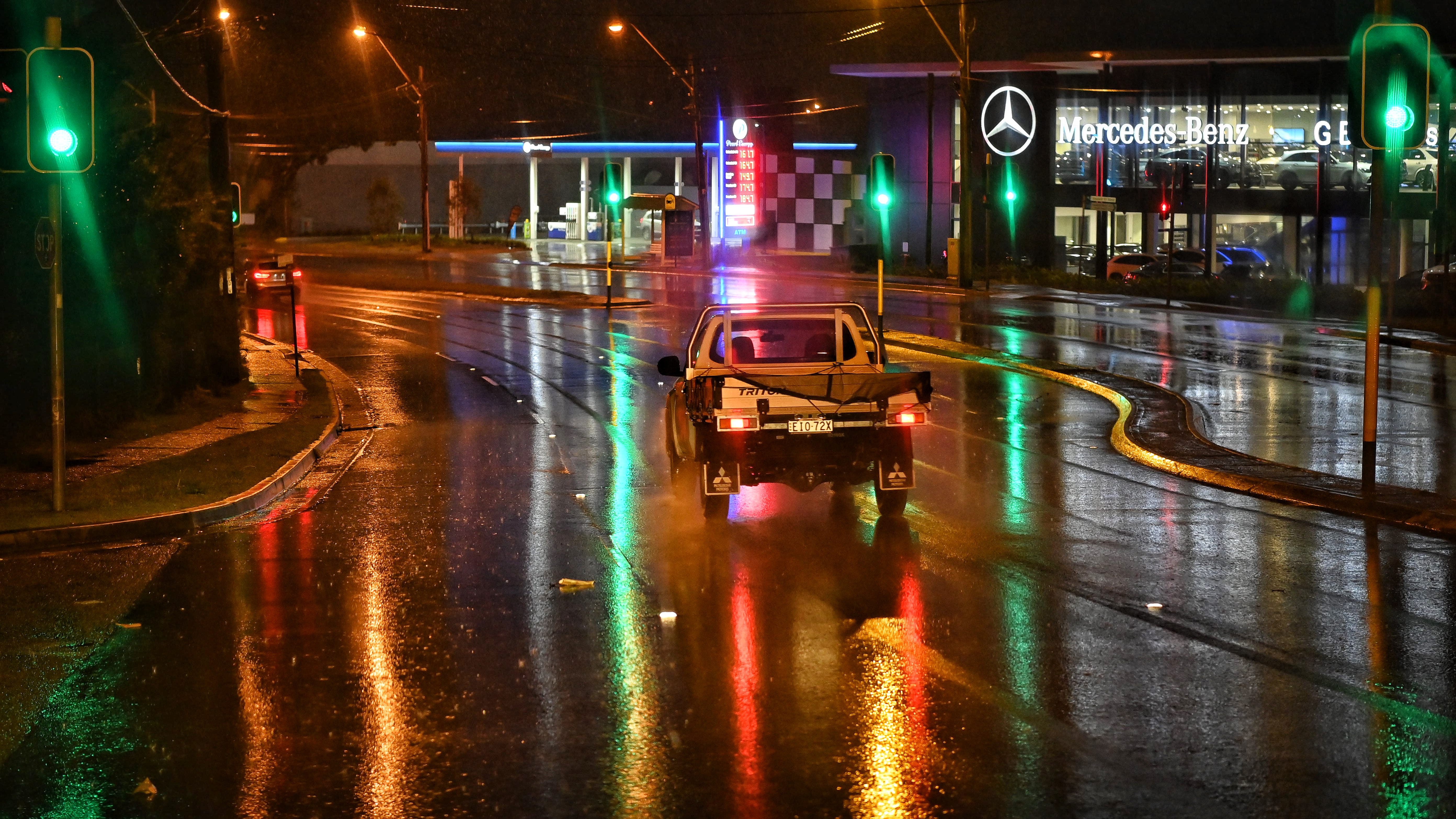 A wet morning in Mona Vale on the northern beaches as rain falls across Sydney.